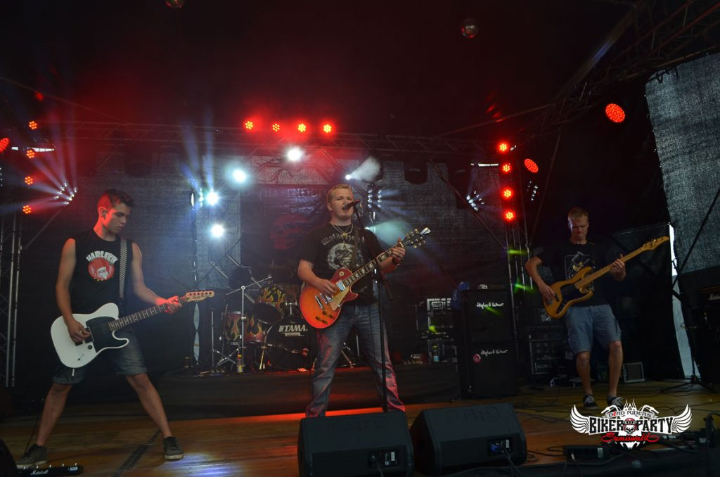 rock_out_band